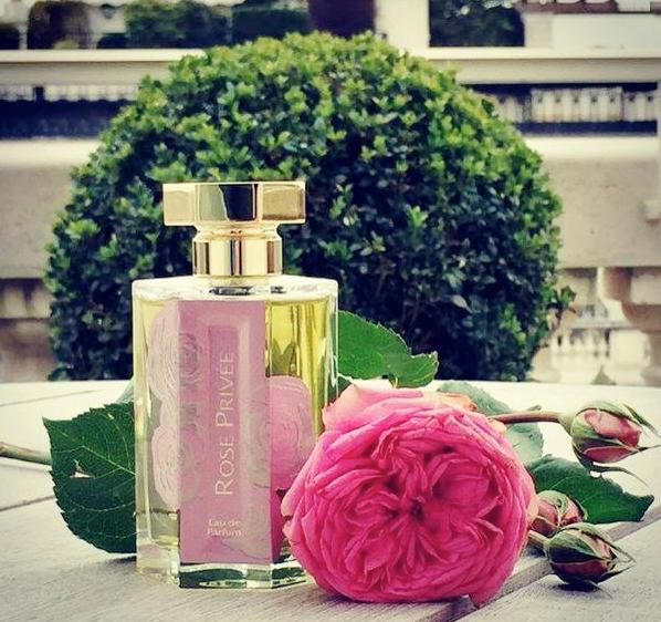 Картинка парфюм с розой